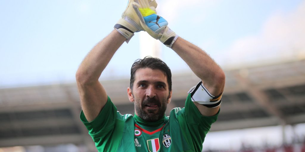 Buffon sets second Serie A record