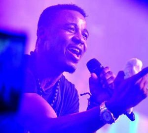 Ali-Kiba,-the-Tanzanian-singer-Gets-his-rightful-Award