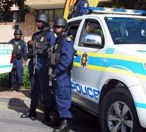 South-African-Police-hunts-the-man-who-gave-children-poisoned-sweets