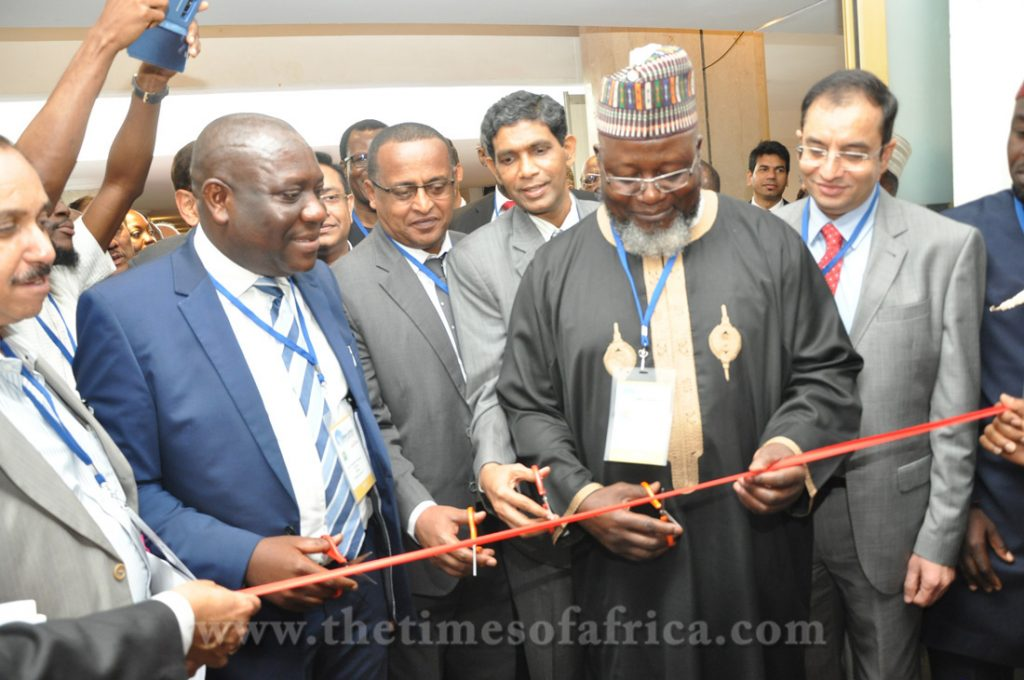 (L) Deputy Communications Minister,Ghana, (R) Minister of Communications,Nigeria,Abdur Raheem Adebayo Shittu, inaugurating the expo copy