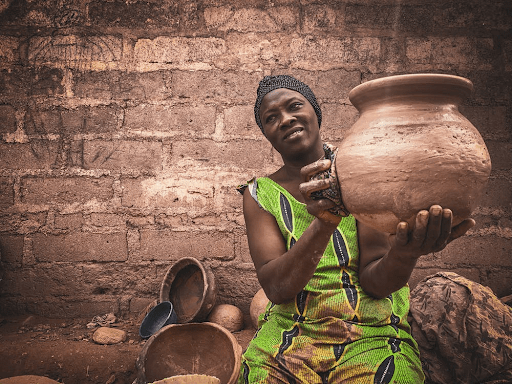 Senegal women Keeping pottery tradition alive!